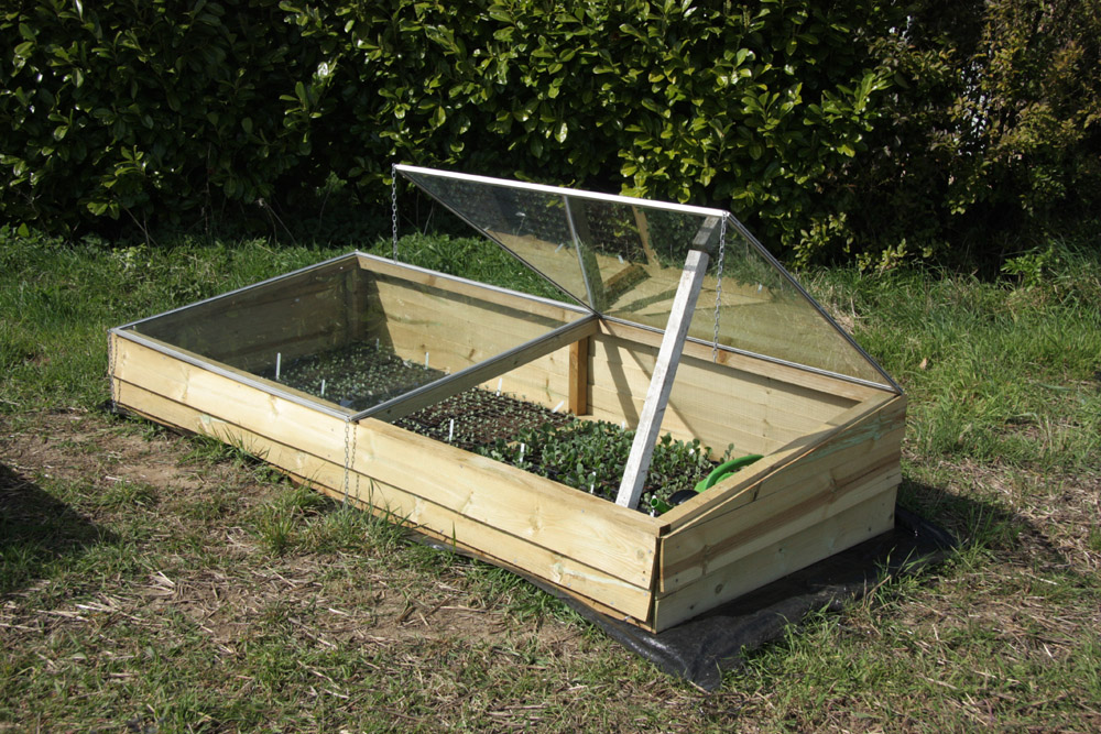 Making cold frames from old windows simple living in for Window frame plan