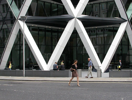 people at the foot of the Gherkin
